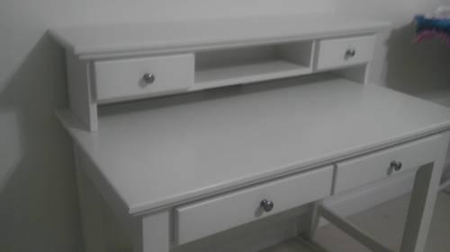 desk with hutch - white