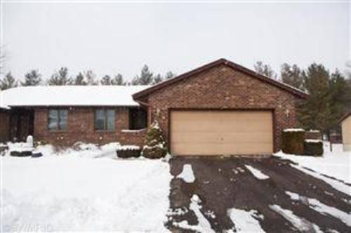 11267 Whispering Creek Crk #24, Allendale, MI