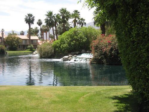 PGA WEST PALMER COURSE - DELIGHTFUL LOWER 2 BED 2 BATH UNIT, GRE
