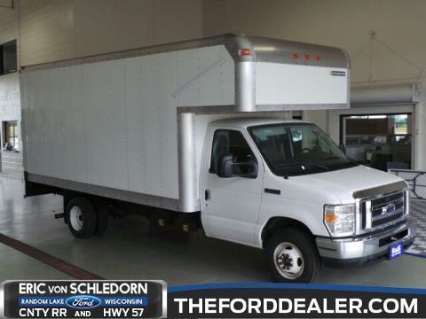 2009 Ford Econoline 450 Cutaway 2 Door Chassis Truck