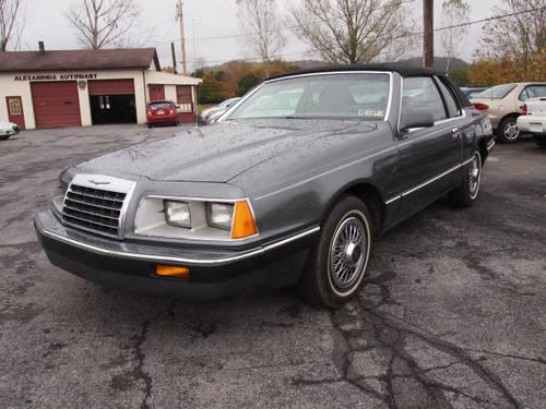 1986 FORD Thunderbird Coupe 2 Dr STD Coupe