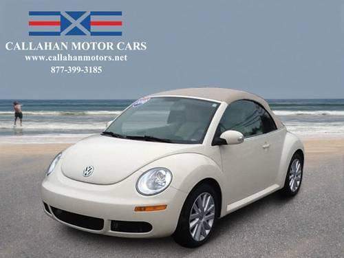 2010 Volkswagen New Beetle Convertible 2dr Car AUTO CONV