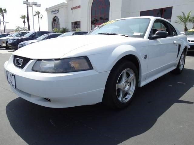 2004 Ford Mustang 2dr Car Standard