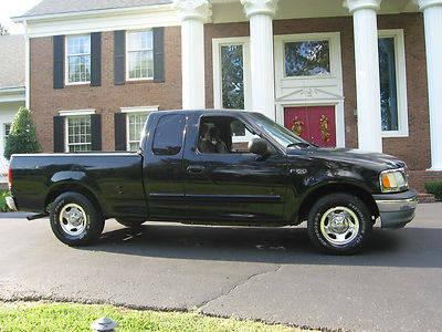 2002 FORD F150 XLT QUAD CAB 2WD V-6 AUTOMATIC SHORT BED