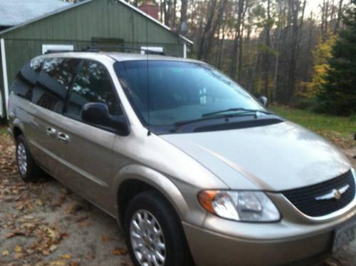 2002 Town and country (lx 3.8) mini van 125k