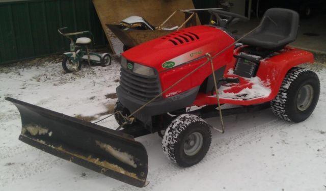 2000 John Deere Scotts Tractor 17HP 42 Mower Deck Snow Plow