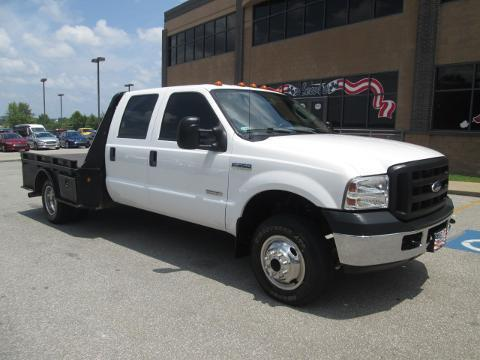 2006 Ford F-350 Chassis Cab 4 Door Chassis Truck