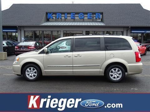 2013 Chrysler Town & Country 4 Door Passenger Van