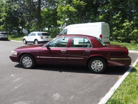 2007 Mercury Grand Marquis 4 Door Sedan