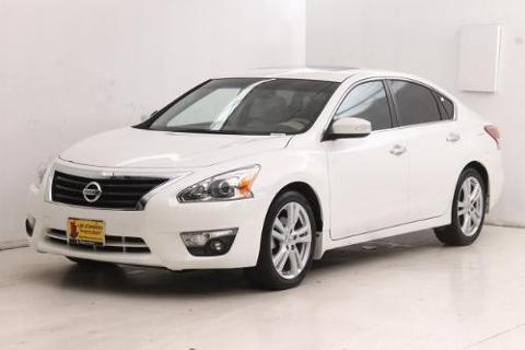 2013 Nissan Altima 4 Door Sedan