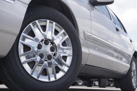 2008 Mercury Grand Marquis 4 Door Sedan