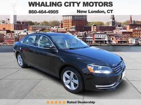 2013 Volkswagen Passat 4 Door Sedan