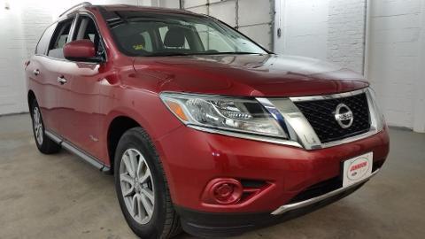 2014 Nissan Pathfinder 4 Door SUV
