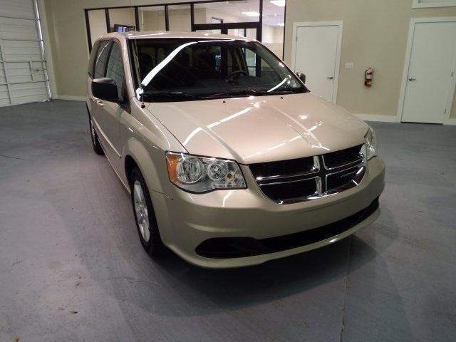 2013 Dodge Grand Caravan 4D Passenger Van SE