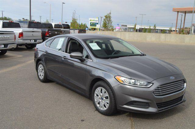 2014 Ford Fusion 4dr Car S
