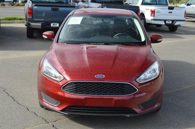 2015 Ford Focus 4dr Car SE