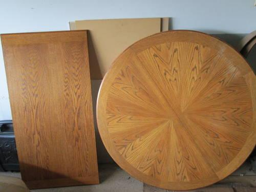 Oak Round Kitchen Table With 5 Chairs And Leaf Insert For Sale In Machesney P