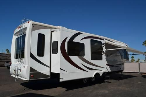 2012 Top of The Line High End 5Th Wheel SAN ANTONIO Model by Heartland