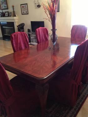 Soho dining table & 6 parson chairs