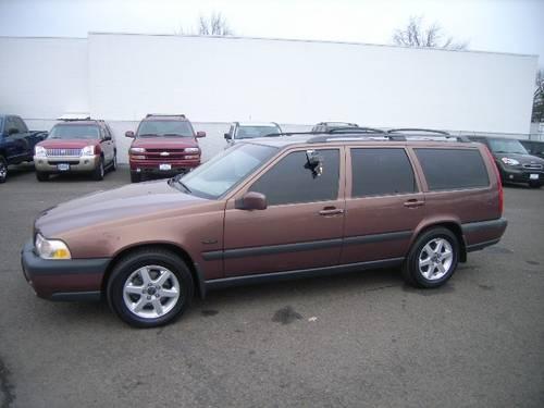 1998 volvo v70 4dr all wheel drive station wagon for sale in medford oregon classified. Black Bedroom Furniture Sets. Home Design Ideas