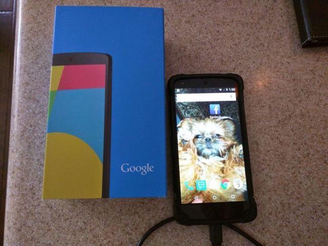 Nexus 5 32gb black Android version 5.0.1