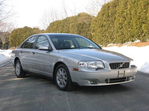 2005 Volvo S80 AWD....OUTSTANDING condition!