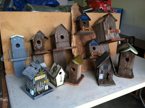 CUSTOM MADE BIRDHOUSES