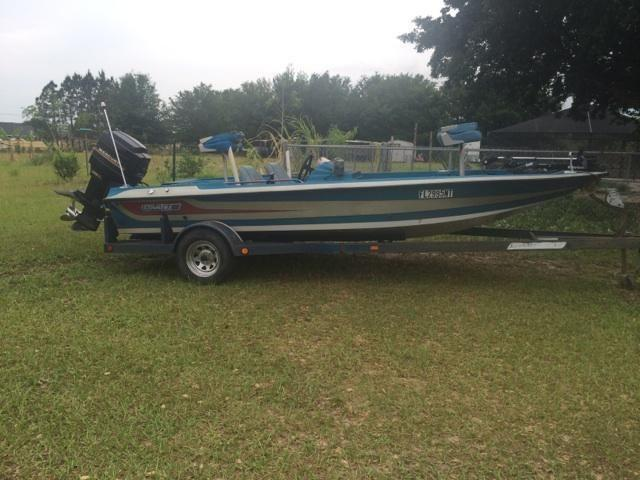 1987 Stratos Bass Boat MUST SELL