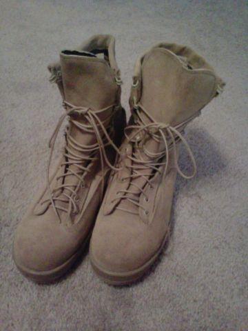 Belleville Desert Tan 790V Boots size 10R