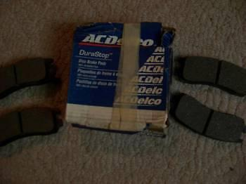 GM AND CHEVY BRAKE PADS