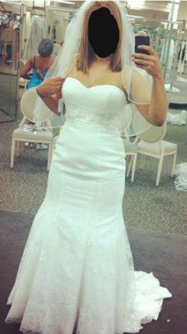 Beautiful & Unique Bridal Gown-Never Worn