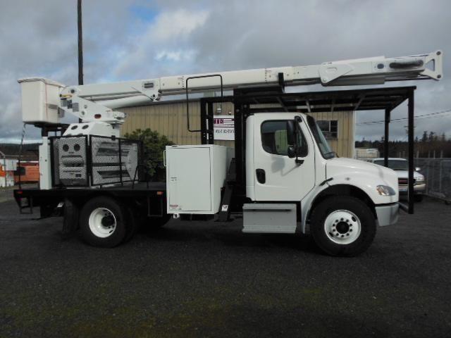 2013 Freightliner XT60/70 rear mount bucket truck (Stock #14-001)