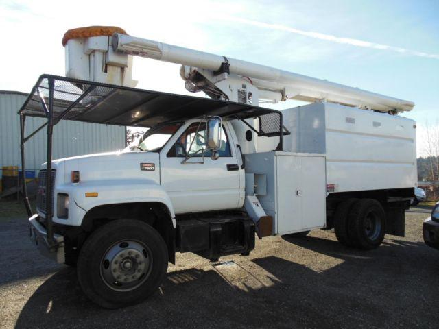 1997 GMC Topkick 7000 bucket truck (Stock #14-054)