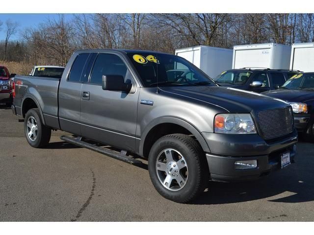 2004 Ford F-150 Extended Cab Pickup XLT