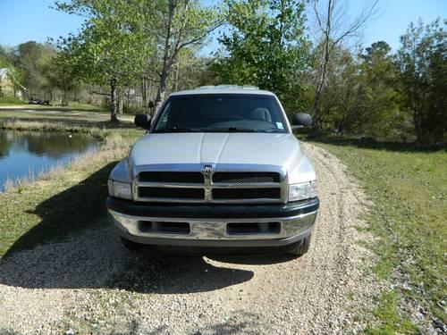 1998 Dodge Ram Club Cab Truck w/Camper