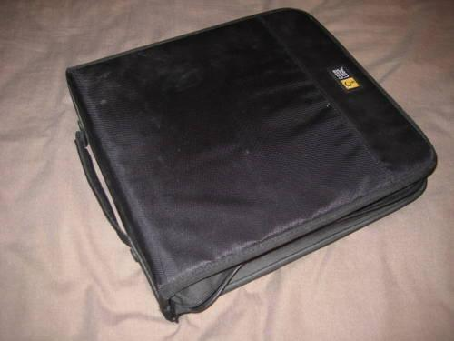 15 DVD MOVIES & CASE LOGIC CD/DVD CARRYING CASE! 144 CAPACITY!
