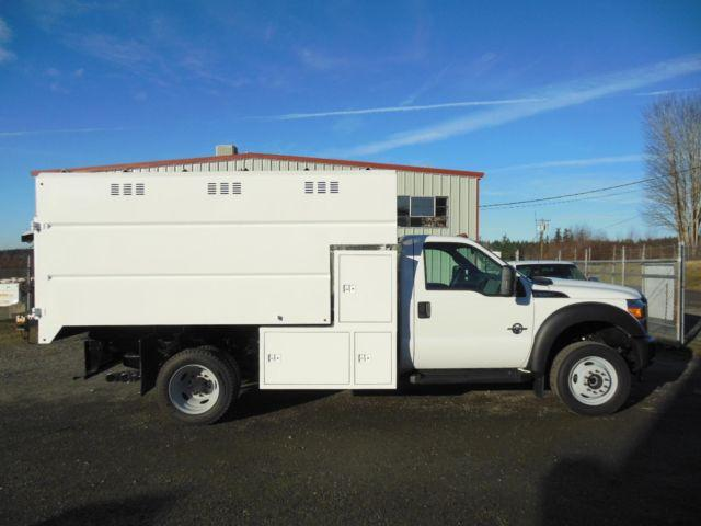 2015 Ford F550 4X4 chipdump truck (stock #15-005)