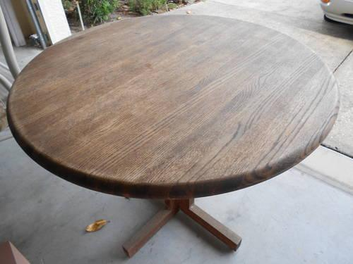 HEAVY DUTY WOODEN CIRCULAR TABLE
