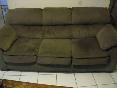Very nice super comfortable sofa for sale in tracy for Super comfortable sectional sofa