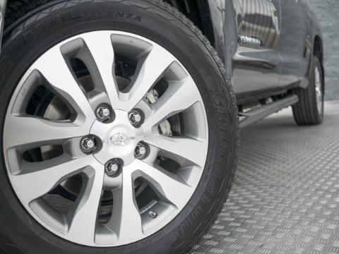2014 Toyota Tundra 4 Door Crew Cab Short Bed Truck