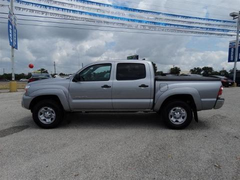 2015 Toyota Tacoma 4 Door Crew Cab Short Bed Truck