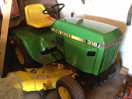 Low HR John Deere 318 50 in cut hydro garden tractor power stering