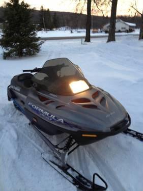2000 skidoo formula deluxe 380 Snowmobile