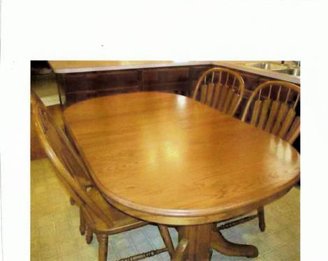 Richardson Brothers Oak Dining Table For Sale In Burlington Iowa Classified