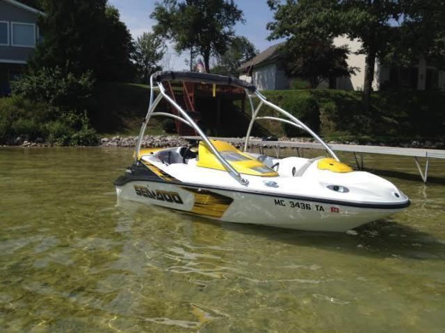 15' 2007 Sea Doo Sportster 150 for Sale in Beulah, Michigan