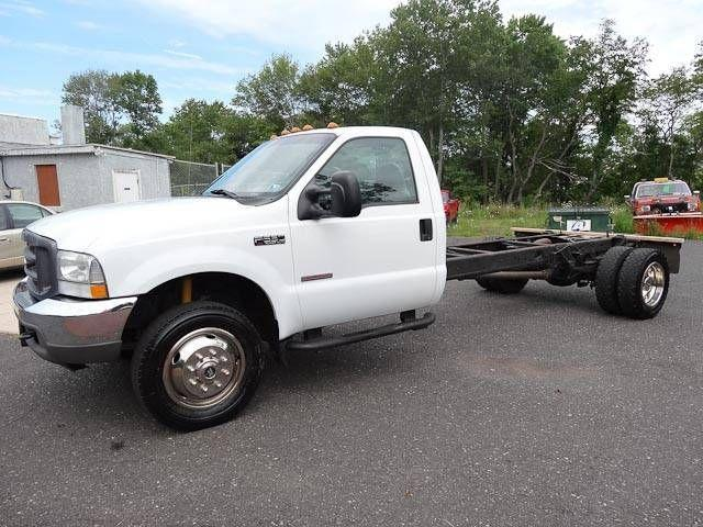 2004 Ford F-550 XL 2WD DRW Cab & Chassis