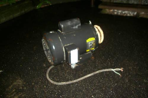 Hydraulic Lift - 110 V Electric motor - Works perfect