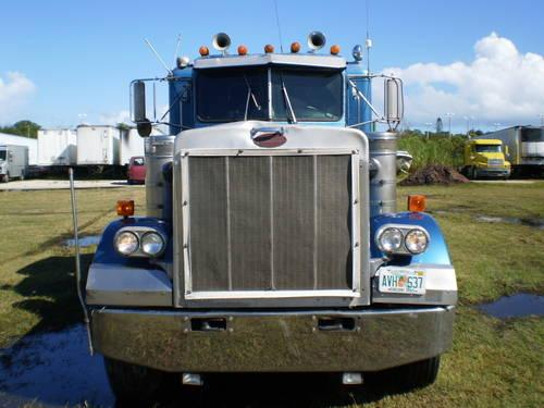 Peterbilt 359 exhd 1987 for Sale in Fort Pierce, Florida Classified