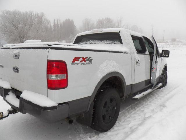 Parting out 2005 Ford F150 Supercrew FX4