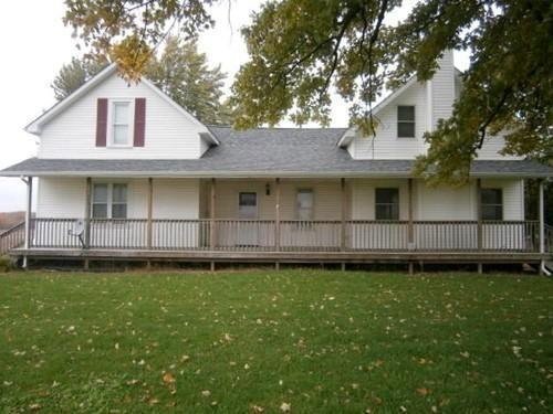 Online Auction - 4 Bedroom Remodeled Farm House on 2.4 Acres